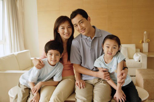 Gia đình trẻ mua Saigon Intela